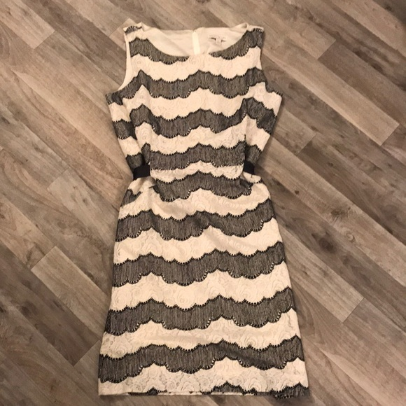 cede094d67 Eva Mendes NY C Beautiful Black Cream Lace Dress💕